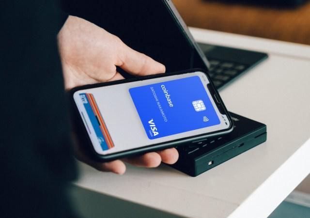 La Unión Europea, contra el NFC de Apple: quieren que el sistema de gastos se abra a terceros, según Reuters
