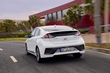 New Hyundai Ioniq Electric 10