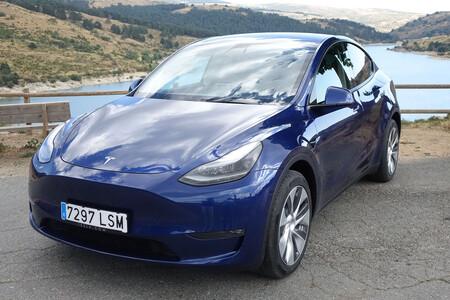 Teslamodelydelante