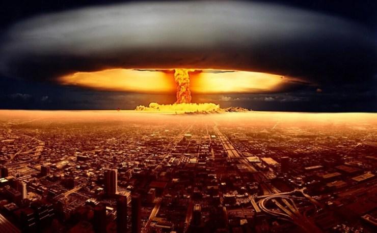 Cómo sobrevivir a una bomba atómica (y por qué es mejor no salir corriendo tras la explosión)