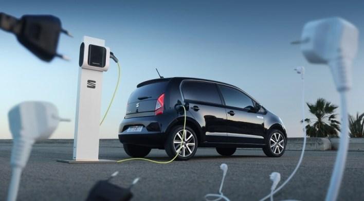 SEAT, Iberdrola y el Ministerio de Industria montarán la primera fábrica de baterías para coches eléctricos en España