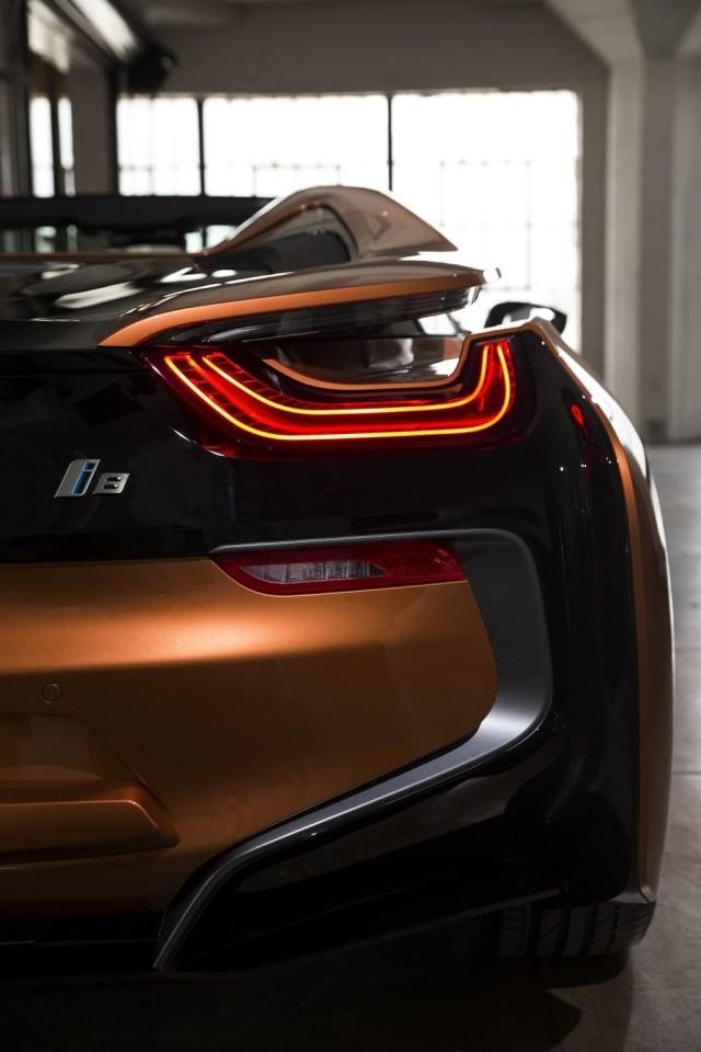 BMW i8 Roadster optica trasera