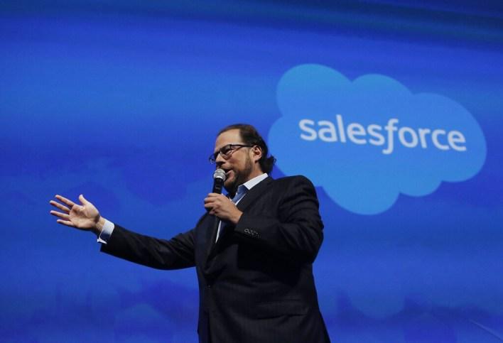 Hasta Salesforce se suma a las