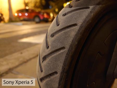 Sony Xperia 5 Macro Noche 02