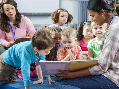 Abre el plazo para solicitar becas para niños de entre cero y tres años en las escuelas infantiles de Madrid