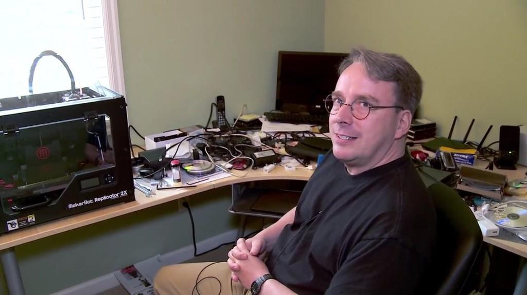 Se terminó el descanso, Linus Torvalds regresa a liderar el desarrollo de Linux