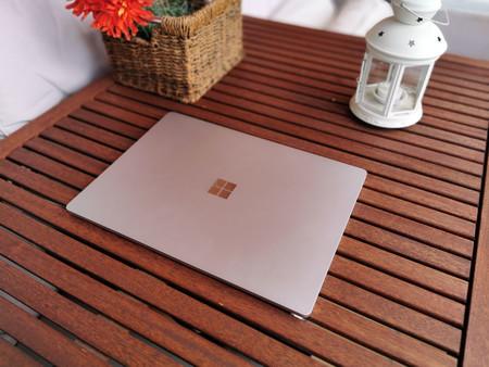 Surface Laptop 3 8