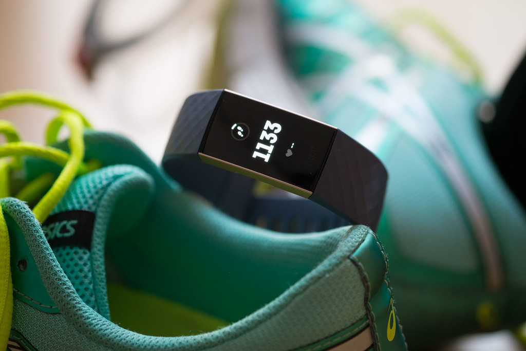Fitbit Charge 3, análisis: un diseño compacto que esconde una batería suprema