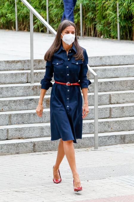 queen letizia denim dress