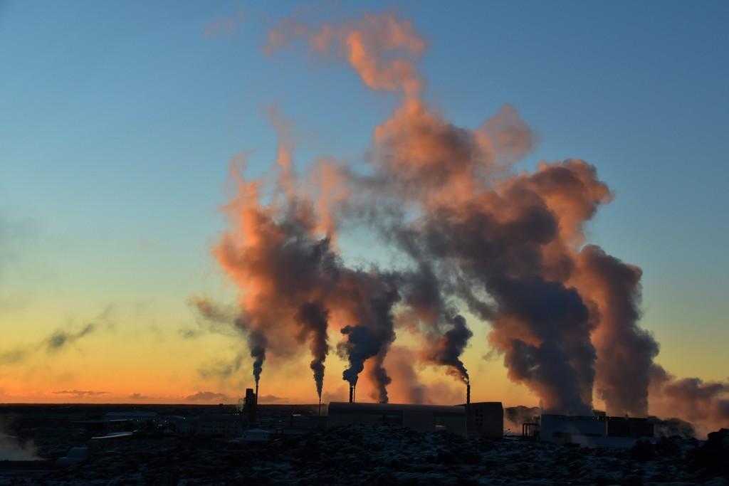 Mientras Europa sigue construyendo nuevas centrales térmicas de carbón, la mitad de las que hay en España cierran mañana
