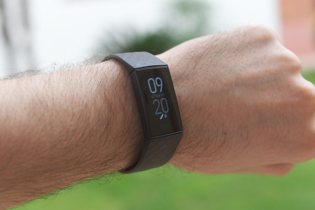 Fitbit Charge 4 8
