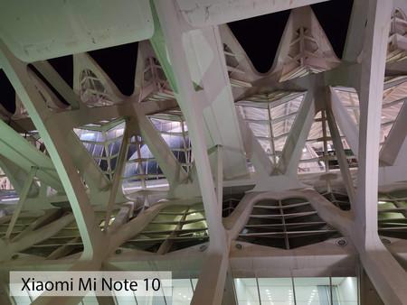 Xiaomi Mi Note 10 Noche Auto 02
