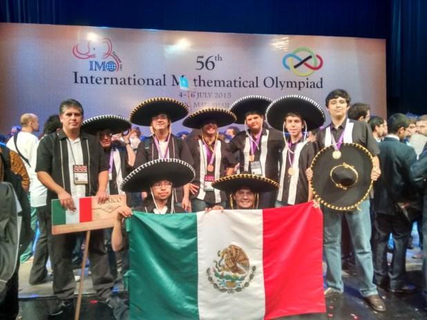 AMLO se involucra en financiamiento a Olimpiada Mexicana de Matemáticas: tendrán los recursos necesarios para el resto del año