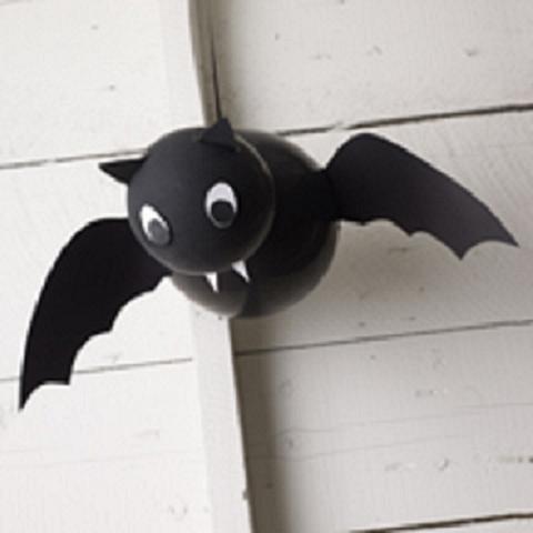 Murciélago hecho con globos