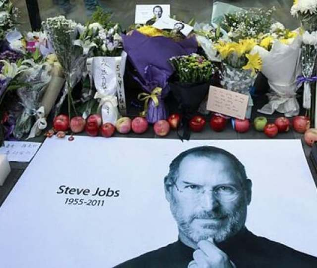 Fresh Apples Flowers And A Large Poster Of Steve Jobs Are Placed Outside An Apple Retail Store In Beijing China On Oct 6 2011 Ng Han Guan Associated