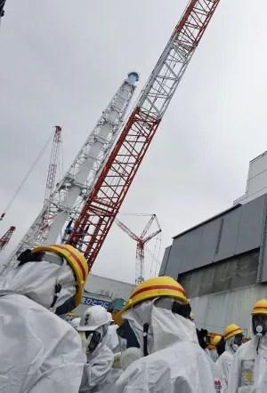 Fukushima-crane