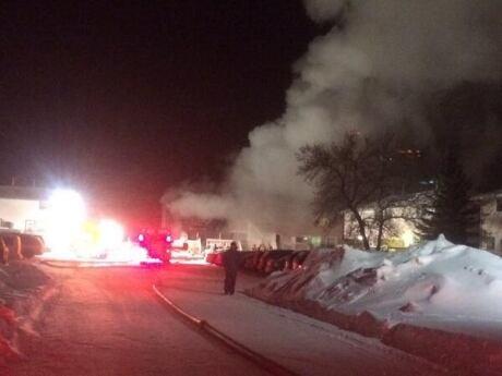 Fire destroys townhouse units in Regina