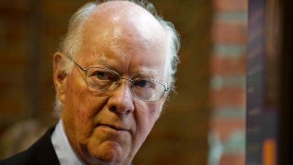 John Gomery criticizes Harper for spat with chief justice ...