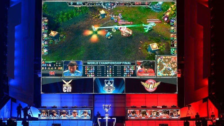 TheScore launches mobile app for e sports   CBC News China s Royal Club  left  and South Korea s SK Telecom T1 compete at the  League of Legends Season 3 World Championship Final in Los Angeles in 2013