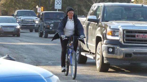 Broadway bridge cyclist commute Saskatoon