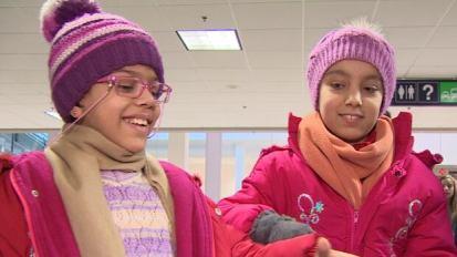 Sisters Zeyn and Viyana Ali require dialysis treatment.