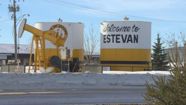 Estevan's oil recovery 'like filling up a swimming pool ...