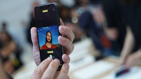 Apple iPhone X Cupertino Event Portrait Mode Lighting