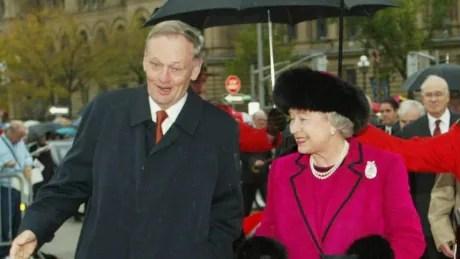 Jean Chrétien and Queen Elizabeth II