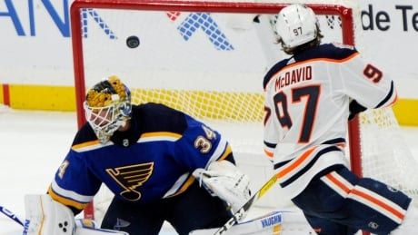oilers-blues-120518-620