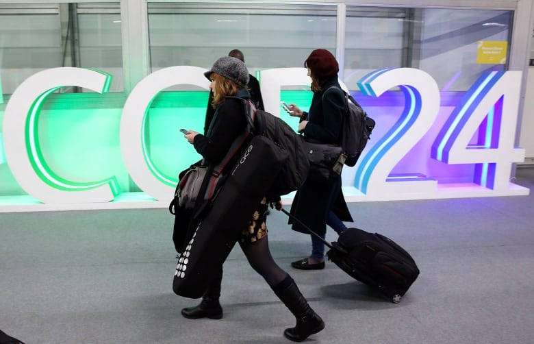 UN climate talks extended as island countries demand action poland climate