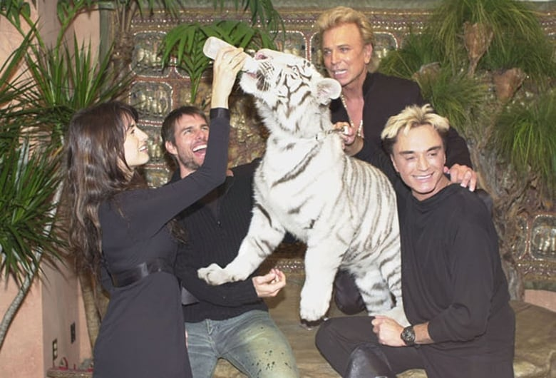 Roy Horn of Siegfried & Roy dies from complications related to coronavrius