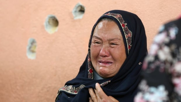Taliban kill 5, claim retaliation for being blamed in Kabul maternity hospital attack | CBC News