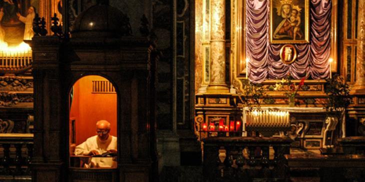 Web3 Confession At Christmas Emilio Labrador Cc By 2 0