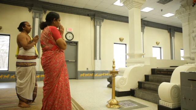 Sacred Spaces Inside A Hindu Temple Cnn Belief Blog