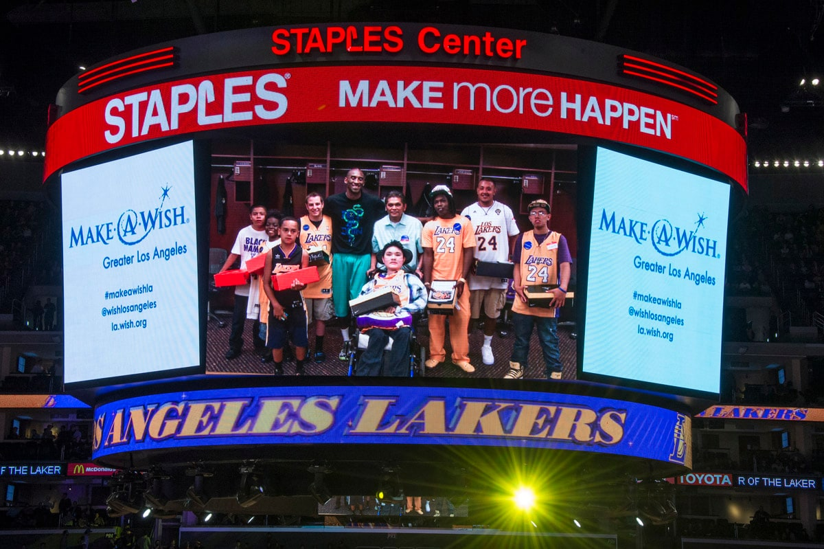 Wish Night With The Lakers Los Angeles Lakers