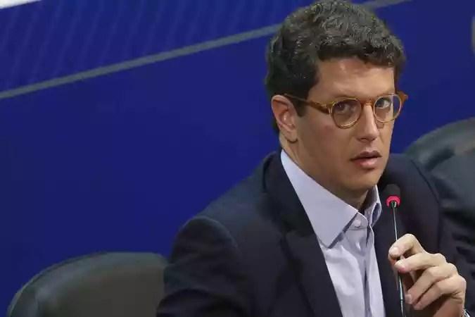 De acordo com o ministro, a ideia %u201Cem nenhum momento%u201D foi a substituição dos dados do Inpe pelo sistema de alta resolução(foto: Antonio Cruz/Agência Brasil)