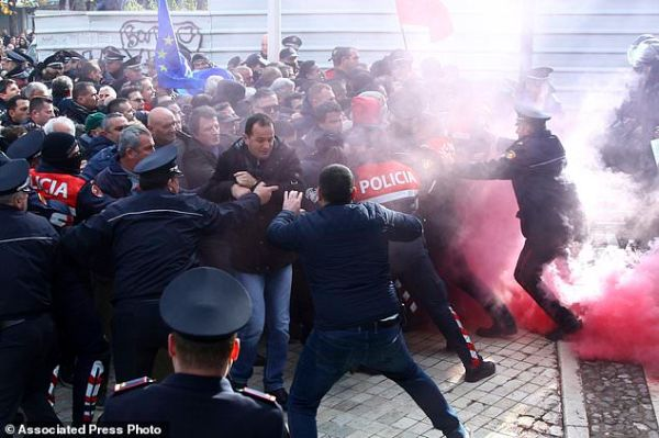 Albania opposition protesters in clashes outside ...