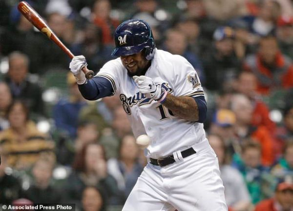 Martinez cruises, Molina homers as Cards beat Brewers 6-0 ...