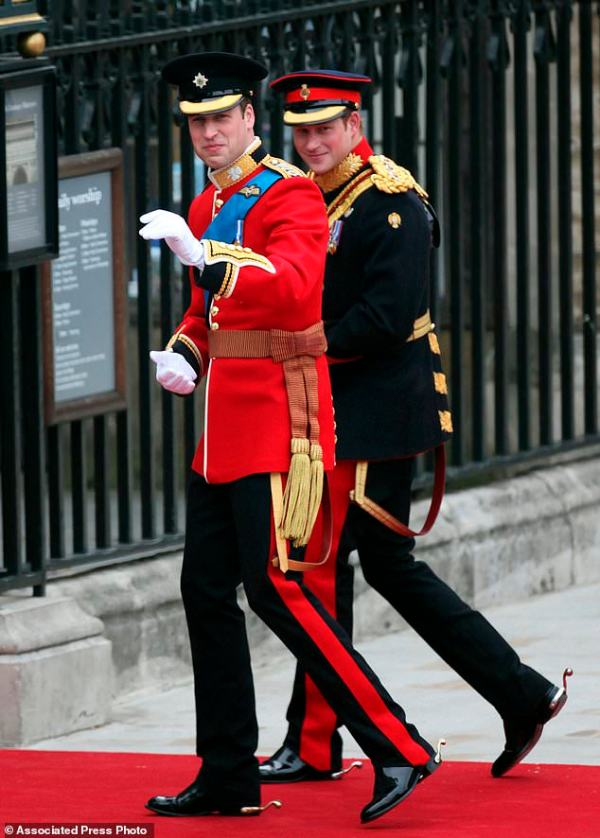 Palace: Prince William to be best man at Harry's wedding ...