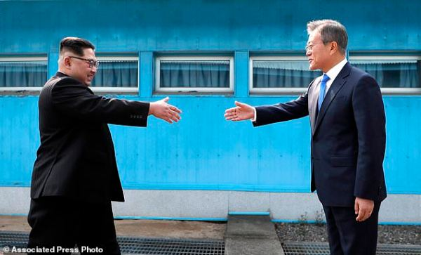 The Latest: Leaders of Koreas discuss denuclearization ...