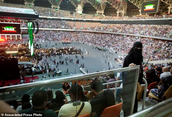 Saudis apologize for 'indecent' images at wrestling event ...