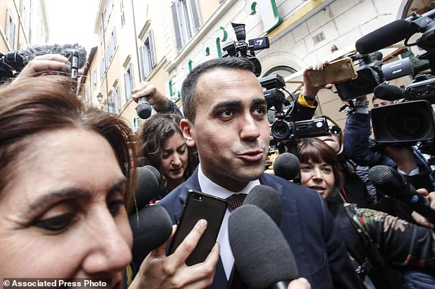 wire 3006138 1526649899 625 634x422 - Italian populists hold 2 days of votes on possible...