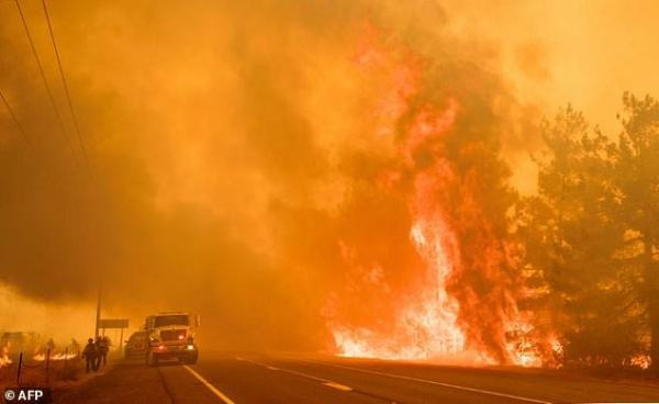 Wildfires spark evacuations in northern California | Daily ...
