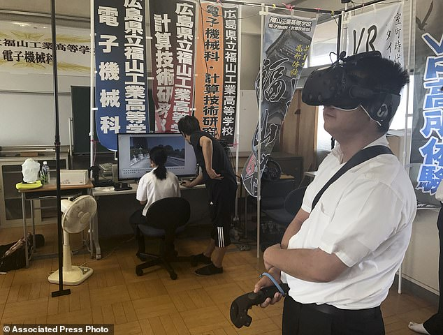 To recreate Hiroshima, the students studied old photographs and postcards and interviewed survivors of the bombing to hear their experiences and get their feedback on the VR footage