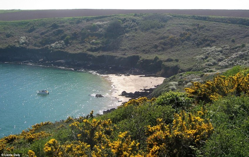 'You can hire kayaks (or paddle boards if you're feeling brave), from nearby Dale, roughly two miles to the north. It'll take you around an hour to paddle from Dale to Watwick Bay (above), depending on conditions, but it's well worth it,' said Lizzie