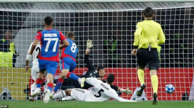 The Everton loanee charged into the box and produced a composed finish past a helpless Keylor Navas in goal