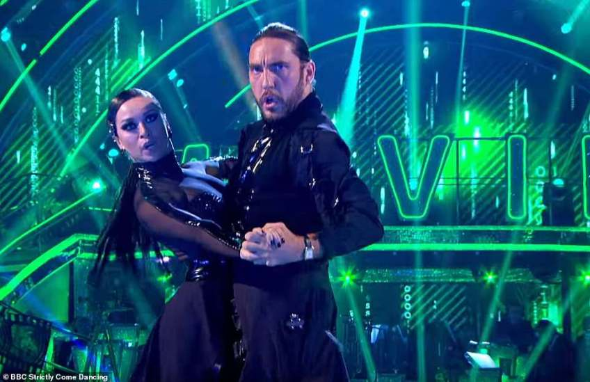 Sizzling chemistry: Seann performed the Pasa Dobleto The Matrix theme tune with the Russian dancer, 29