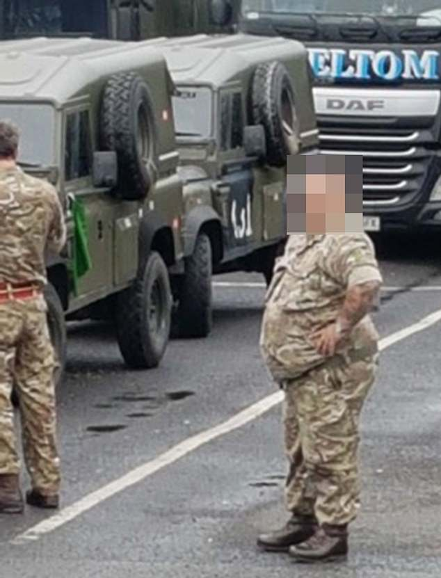 Overweight troops were caught in front of the camera at a motorway service area. More than 30,000 of the approximately 190,000 members of the armed forces are considered overweight after the Body Composition Measure, focusing on body fat rather than weight