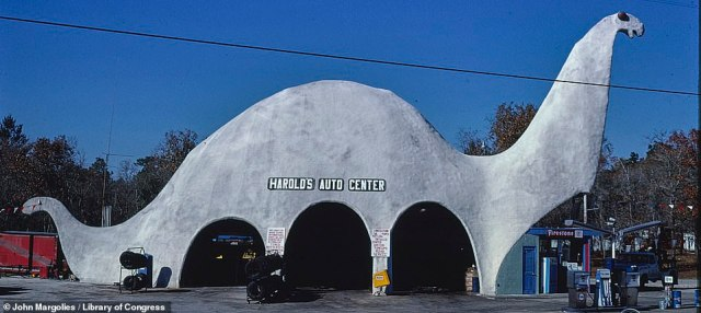 Harold's Auto Center on Route 19 in Spring Hill, Florida, in 1979. The business is  still in operation today