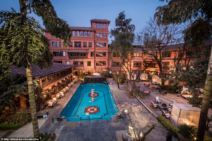 Day 14 and it's time to check into Dwarika's Hotel in Kathmandu. It's like a cross between Lara Croft's house and an ancient temple